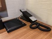 デスク:電話&メモパッド