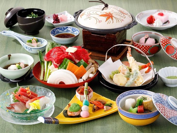 【誰でも最大10%お得】【夏旅セール】ポイント最大15倍!日本料理を愉しむ~夕・朝食付きプラン~