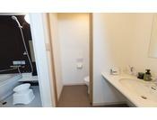全室バス・トイレ独立。使い勝手の良い客室となっております。