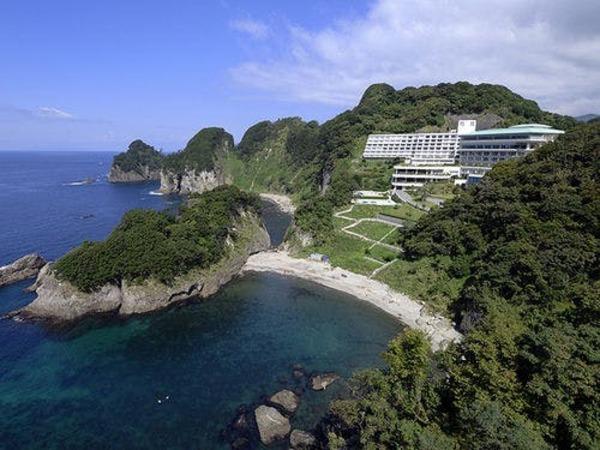 堂ヶ島の絶景を眺める