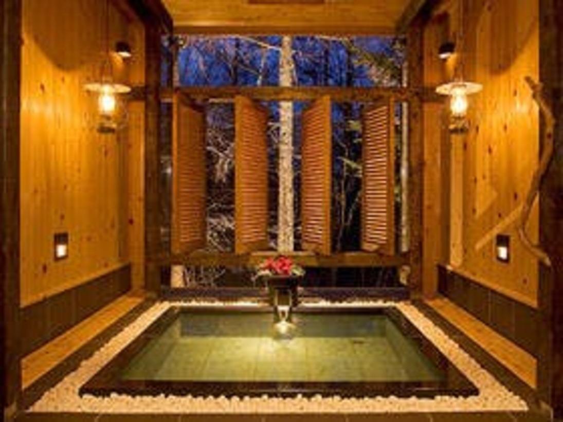 貸し切り風呂はチェックイン時の御予約制にてご利用頂けます。