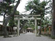 「建部大社」近江一の宮と言われる全国屈指の古社/車で15分、京阪利用で35分