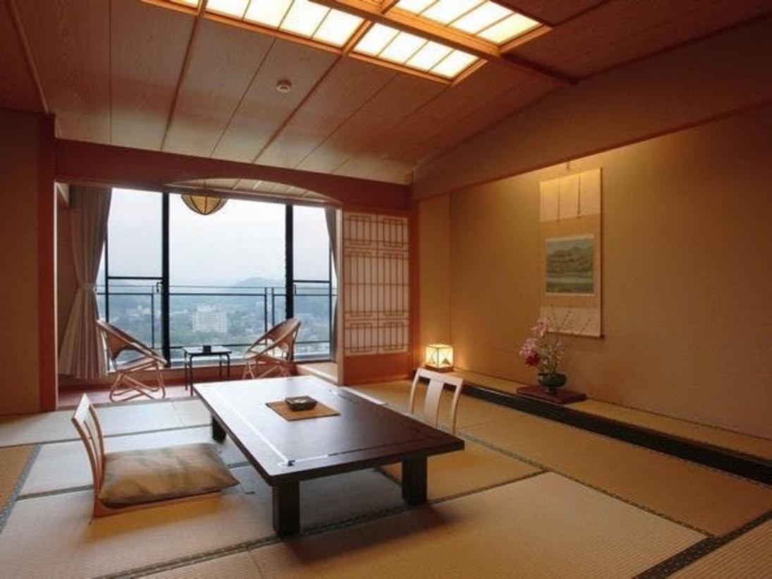 緑水亭のゆったり和室(12.5畳)