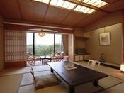 自慢の庭園を眺める和洋室の和室(10畳)