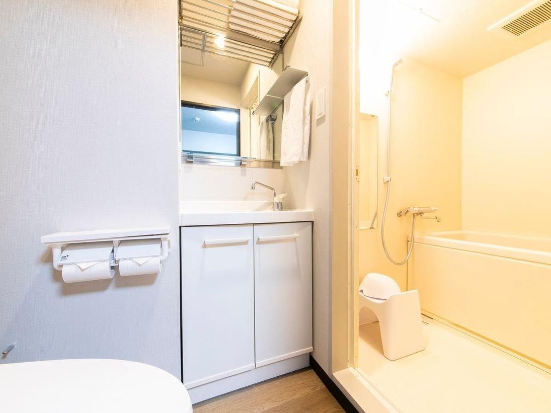 客室バス・トイレ