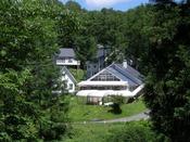 """【夏の風景】 標高1,000mに位置する当館は、夏でも""""自然のクーラー"""" で快適♪"""