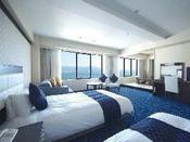 全館に2室だけのJrスイートはベッド&畳&和布団