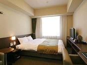 【クイーンルーム】 18平米ベッドサイズ160×205