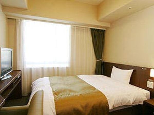 ■ダブルルーム15平米ベッドサイズ140×205