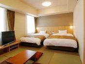 【和洋室】30平米 ベッド2台 120×205+畳スペース4.5畳
