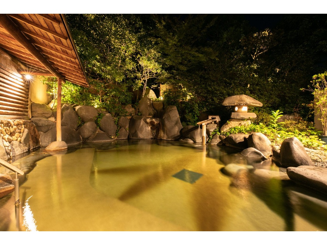 【温泉】木肌の湯「浮殿」露天風呂