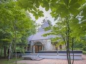 *【ベルツの森教会】草津温泉ではめずらしい挙式のできる自然に囲まれた教会。