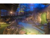 *【露天風呂】名湯草津温泉を堪能できる広々とした露天風呂。
