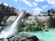 *【湯畑】毎分4000リットルの温泉が湧き出る草津のシンボル。