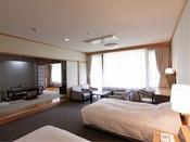 ■ユニバーサルルーム【禁煙】(73平米)洋間+和室8畳