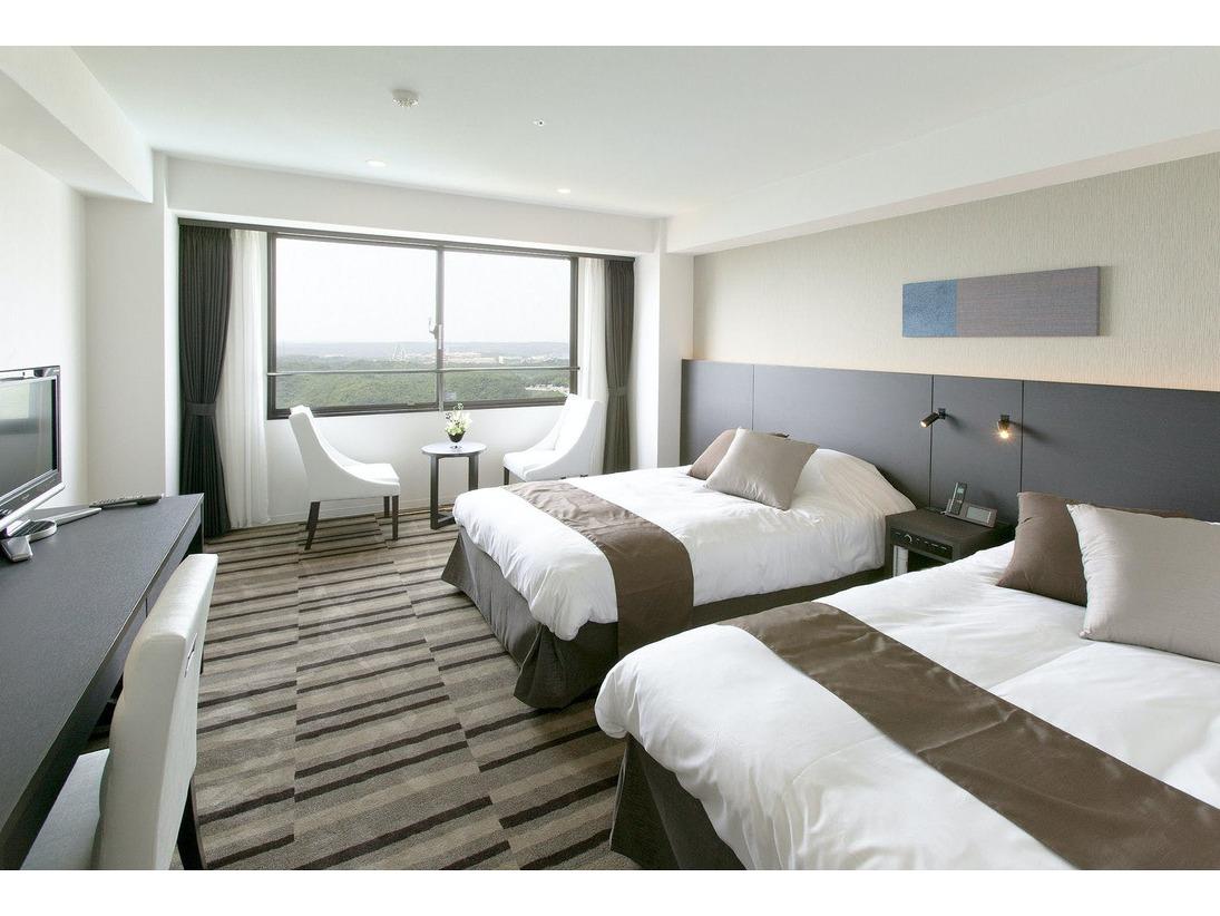 【スーペリアルーム】10階グランデフロア。海側限定の36平米のお部屋です♪窓からは的矢湾が望めます!
