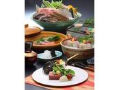旬の食材を使用した皆美伝統の味をお楽しみください。