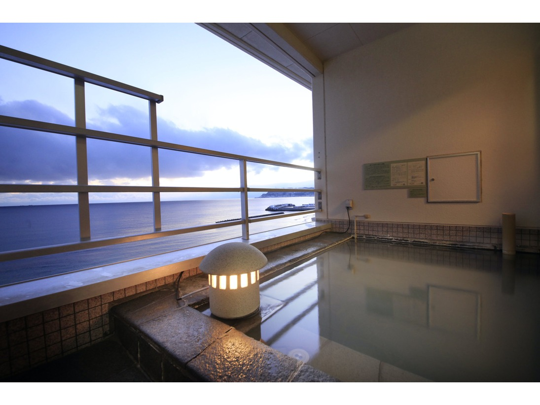 【海側客室露天風呂】好きな時に源泉100%の温泉を楽しむ贅沢