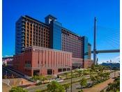 エリア最大760室のオフィシャルホテルです。