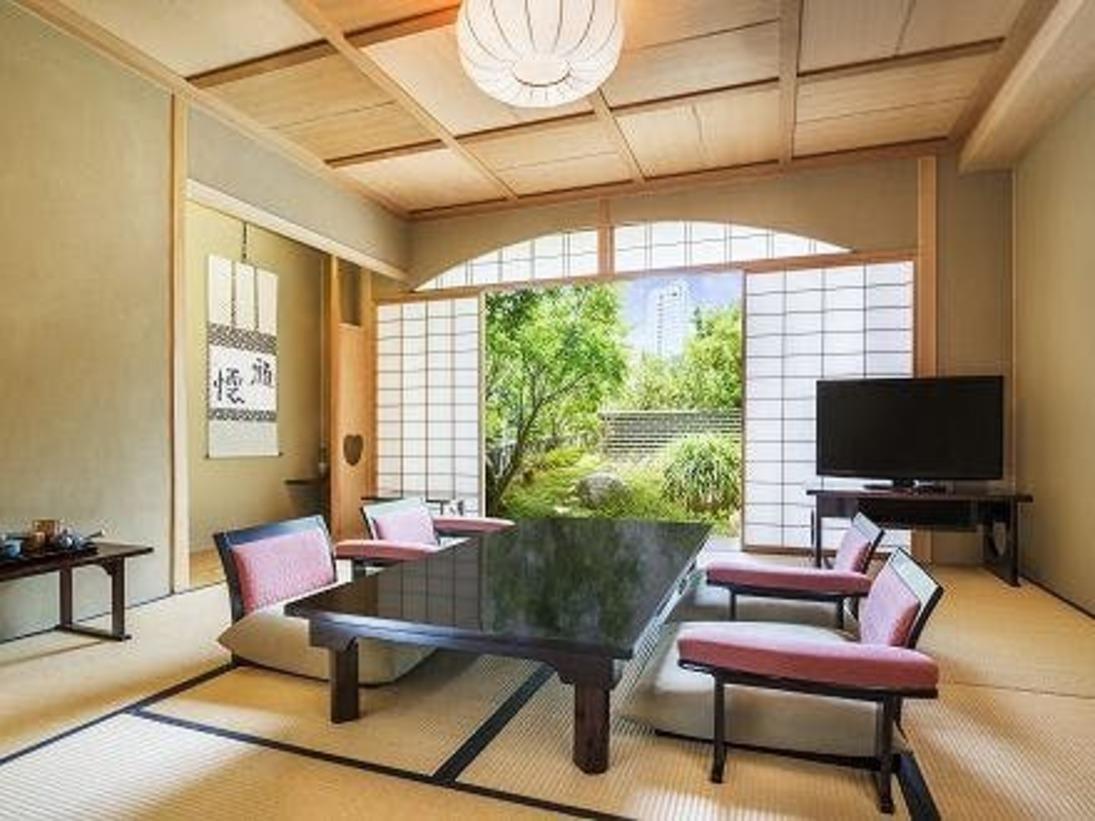 ガーデンスイートルームD   広さ:72平米   ガーデンフロア(2階)ベッド:幅140cm×2台8畳の和室と洋室のスイートルーム