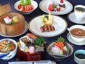 和食も洋食も中華も一度にお召し上がり