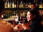 【ザ・バー】*カウンター*スコッチから焼酎まで世界の銘酒を取り揃えております。カウンターで大人の時間をすごしてみては。