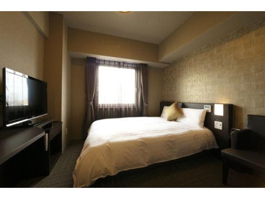 【シングルルーム】15平米 サータ社製ベッド 幅120cm×195cm