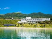 紺碧の海岸に面しているホテル蘭風♪