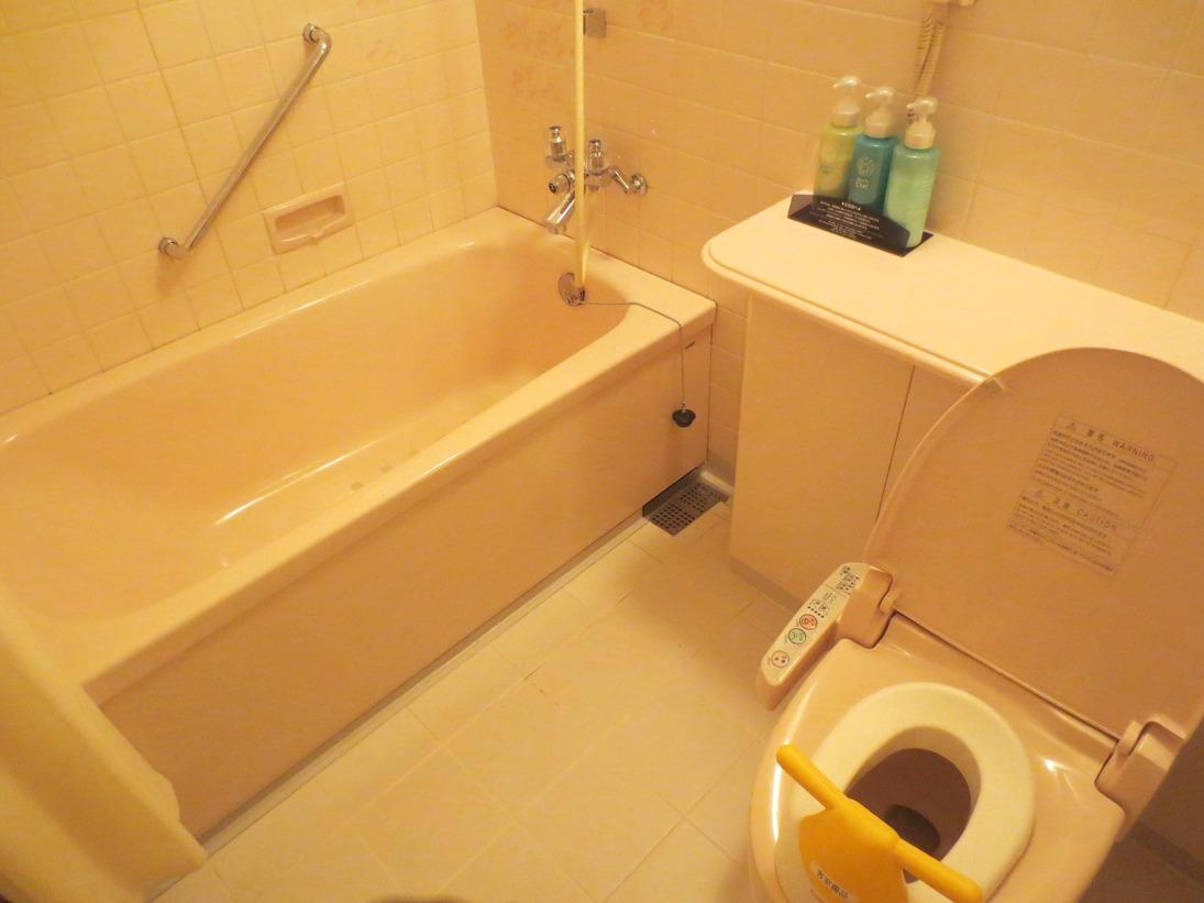 「ウェルカムベビーのお宿」認定ファミリールーム バスルーム 一例