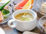 【和洋ビュッフェ朝食】コーン&オニオンスープ