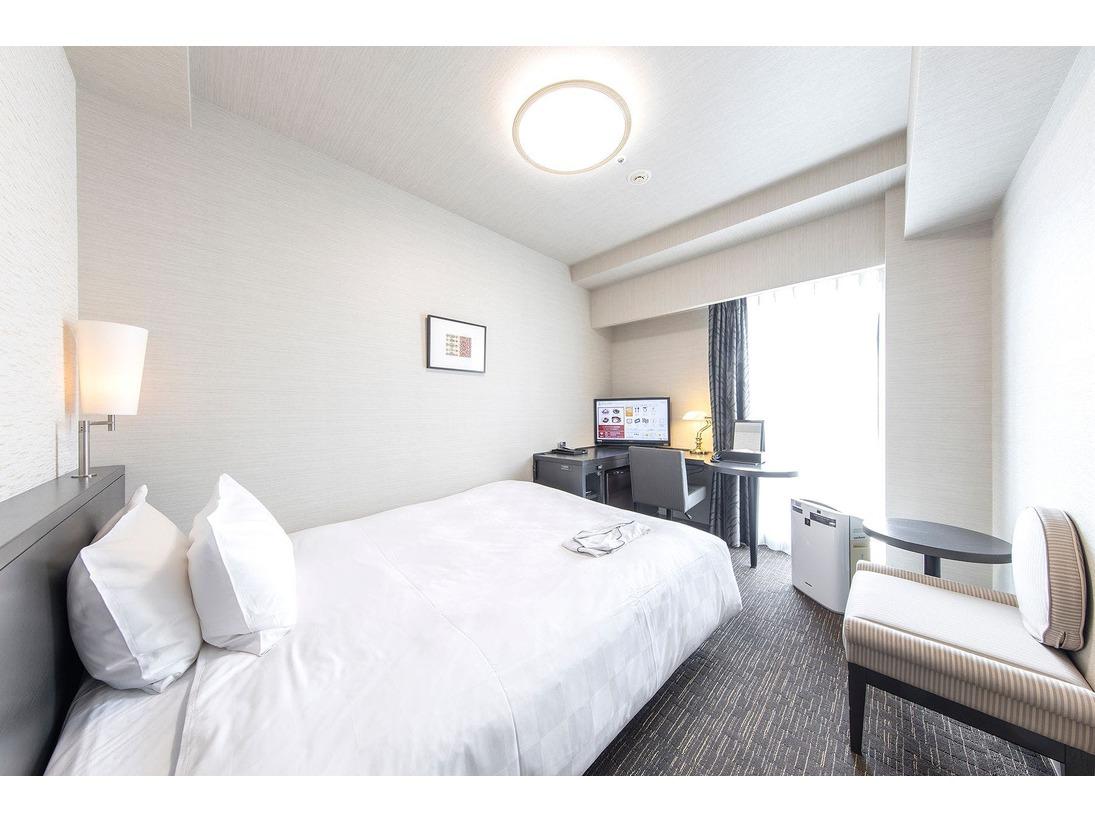 18平米のシングルルームには154×170センチのベッド♪広々とご利用いただけます。