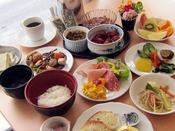【朝食】25品以上の和洋バイキング