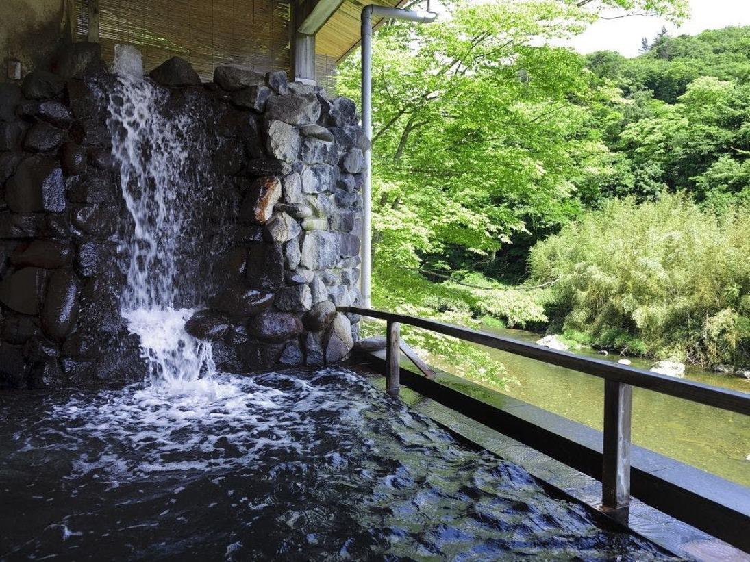 川沿い露天風呂
