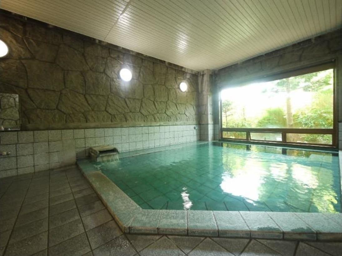 【大浴場】男女別にご用意しております。ご利用時間≫15:00~2:00、5:00~10:00