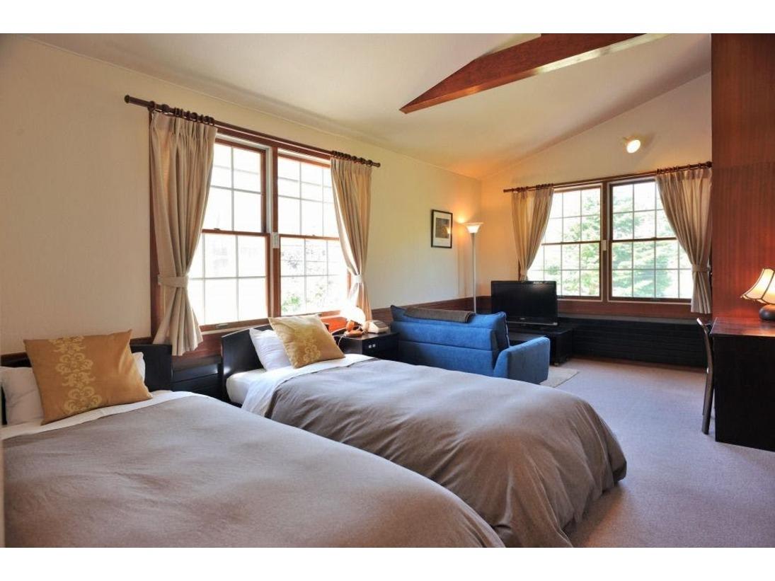 2方向に窓があるグランツインルームは角部屋。静かにゆったり過ごしたい方にはお勧めです。