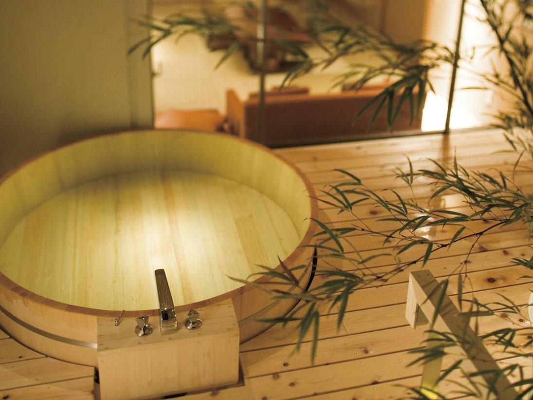 庭園露天風呂付客室【雲の波】