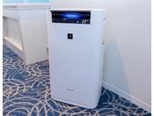全室に最新の加湿空気清浄機をご準備しております。