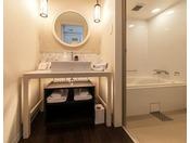スーペリアツインルーム バスルームスーペリアツインルームは全室バスタブ設置です。