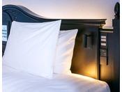 グレイスツインベッド 全室枕元にコンセント完備。スマホの充電も安心です。