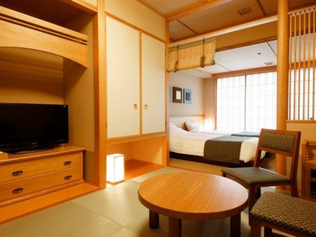 【客室】京和風和洋室/約30平米/寛ぎの和室と洋室を設えた和モダンな客室。(定員2~4名)