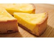 人気ナンバー1のベイクドチーズタルト