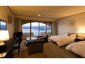 【鳴門海峡の見えるスーペリア洋室(42平米)】スタンダードよりもワンランク上の洋室はさらにゆとりの42平米