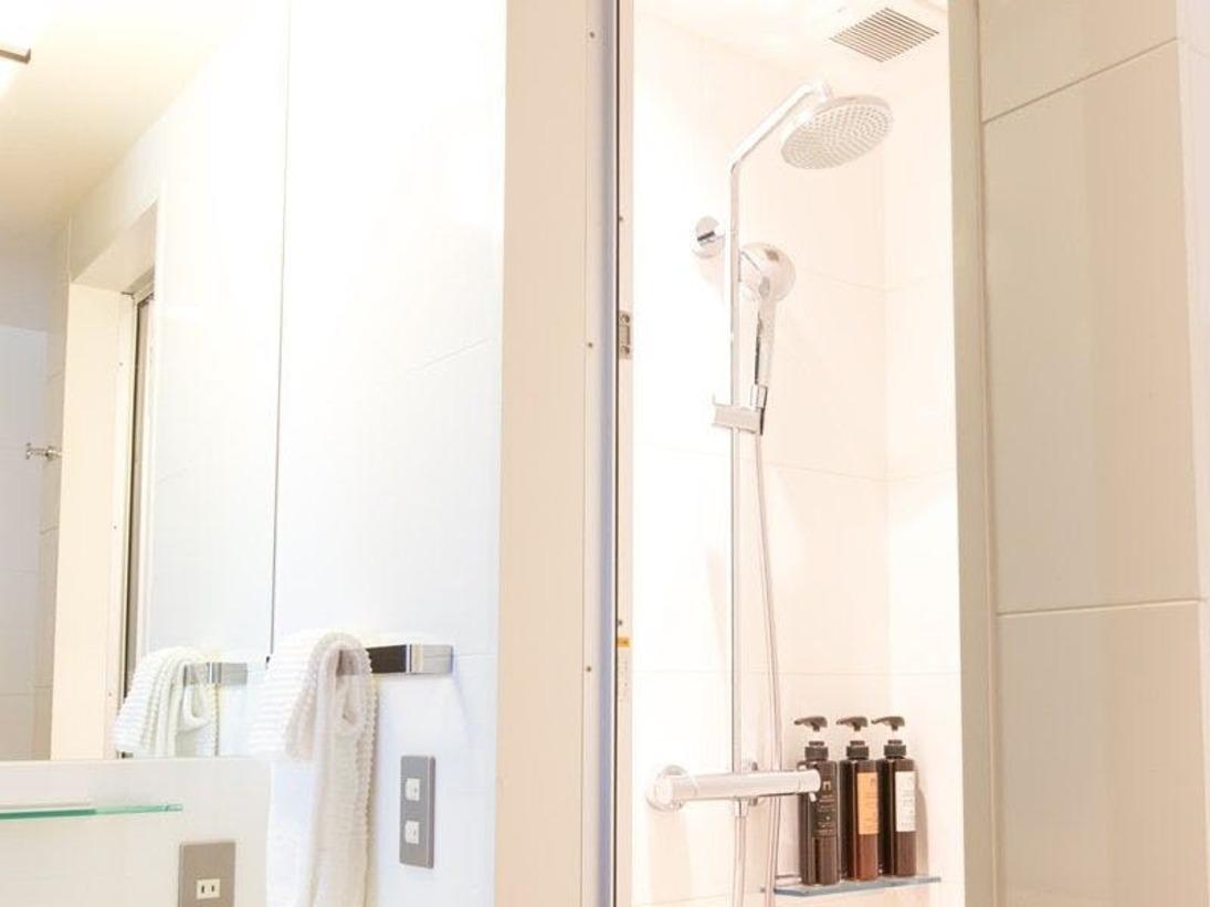 モデスト セミダブル(15-19平米)~バスルームイメージ~※シャワーブースのみ
