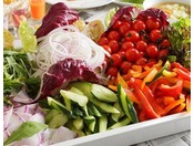 【レストラン「カシュカシュ」の朝食】野菜をたっぷりご用意。