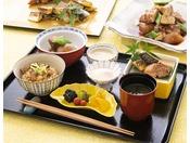 【レストラン「カシュカシュ」の朝食】和食メニューも充実。