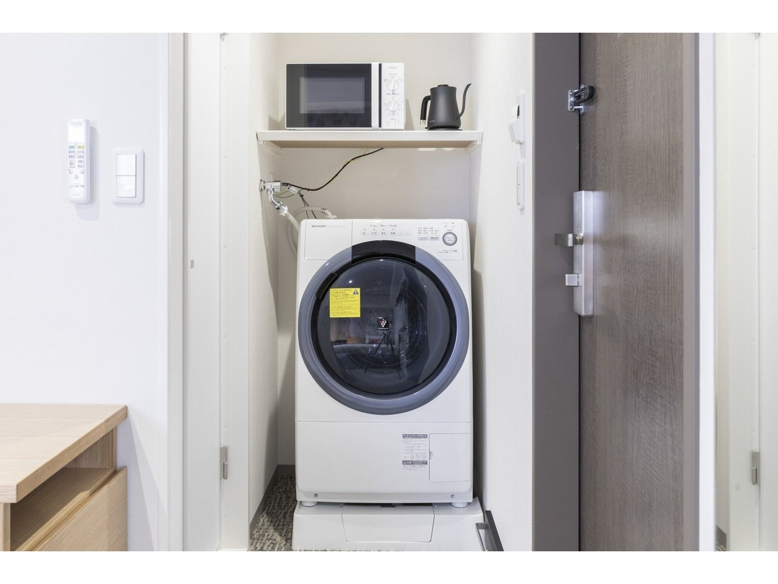 洗濯乾燥機&電子レンジ 02 全室に備え付けております♪