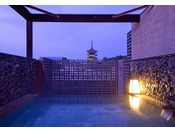 興福寺五重塔を望む展望露天風呂