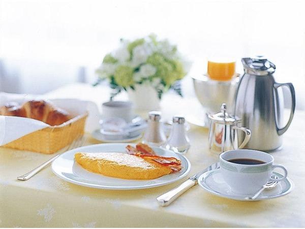ルームサービス朝食 ※イメージ