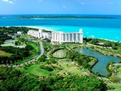 【全景】青い空と透き通る海に囲まれ、豊かな自然に育まれた常夏の楽園リゾート