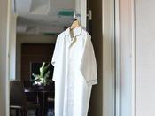 パジャマはワンピースタイプをご用意しております。